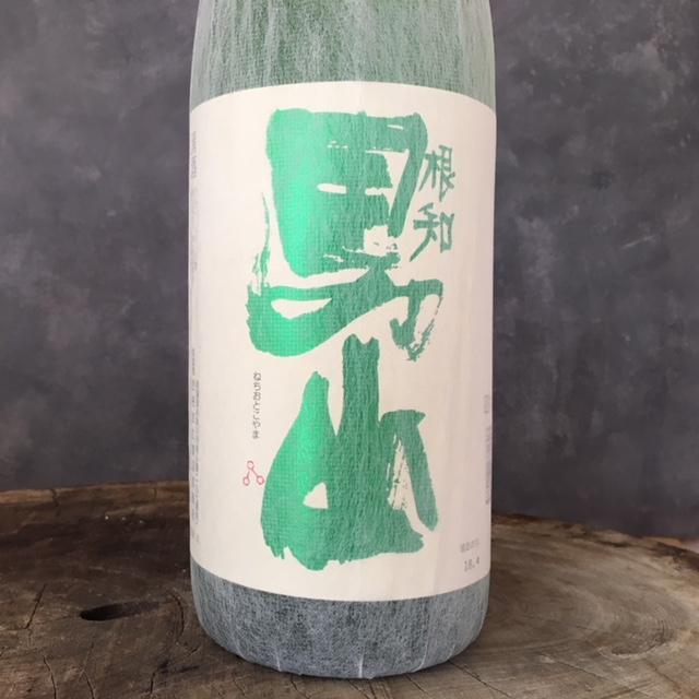 根知男山 純米酒 1800ml
