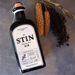 スティン スティリアン ドライ ジン 47% 500ml